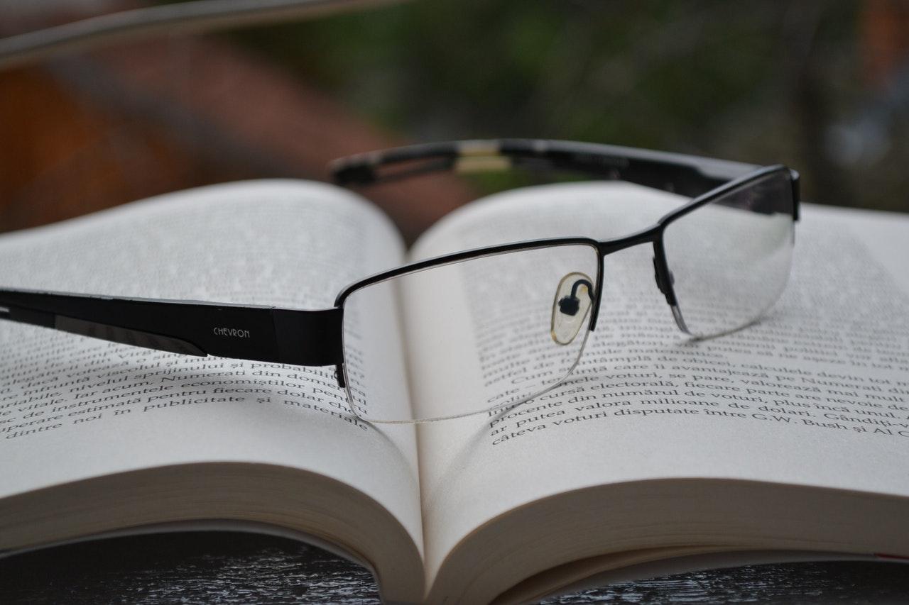 olvasószemüveg