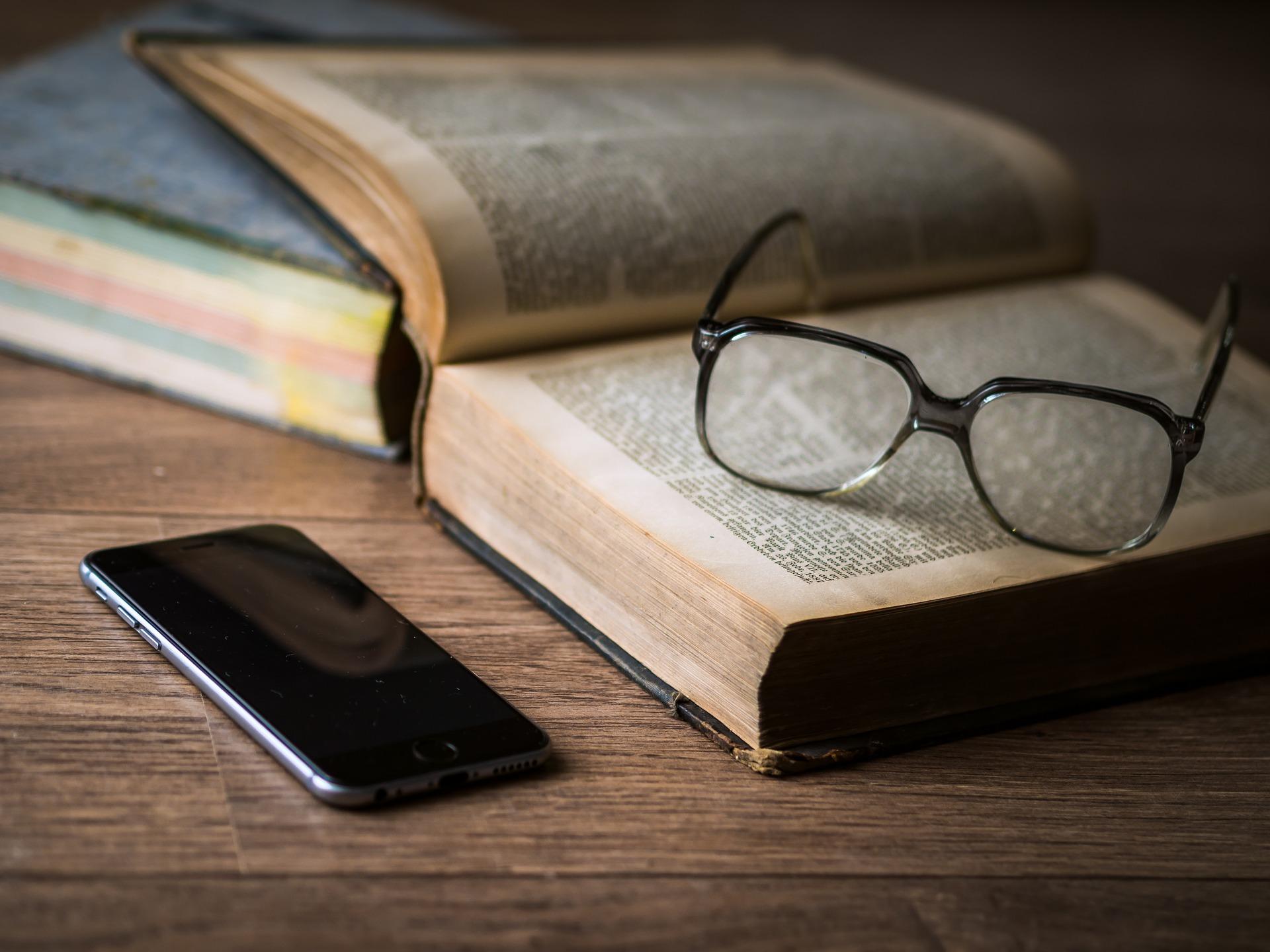 olvasószemüvegek