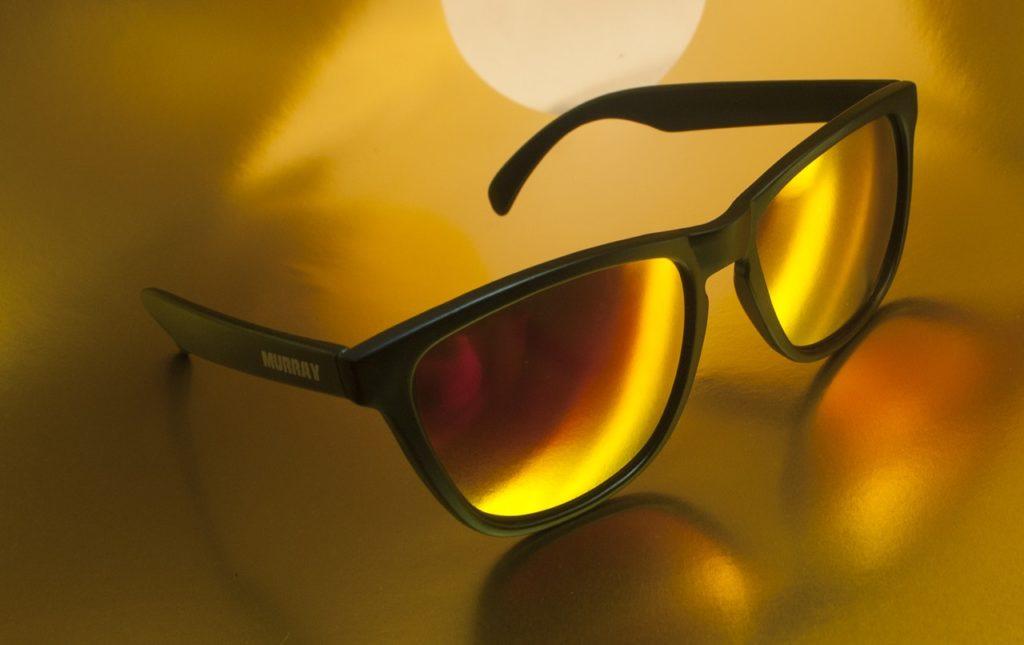 Tommy Hilfiger napszemüvegek