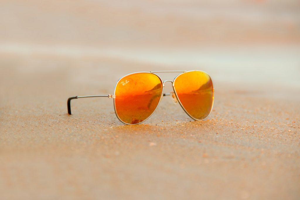 ... ray-ban napszemüveg 4024112b0f